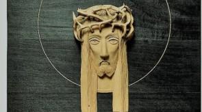 63. Kristaus galva su ažūrine karūna. Liepa. h 30.