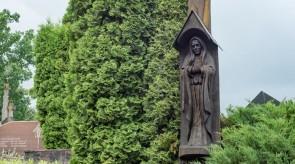 1. Painful. Crucifix. Gravestone. Oak. h 400, sculpture h 130.
